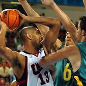 Tim Duncan avec Team USA aux JO 2004 d'Athènes