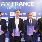 L'état-major de la Fédération française de basket et le staff de l'équipe de France.
