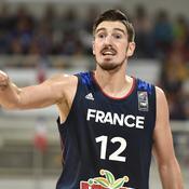 Avec un excellent De Colo, les Français confirment en surclassant le Monténégro