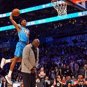 En sautant par-dessus le Shaq, Diallo égaie un concours de dunks médiocre
