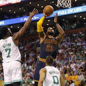 LeBron James et les Cavs détruisent les Celtics à Boston