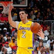 Lonzo Ball et les Lakers enfoncent les Spurs