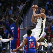 Milwaukee rejoint Boston, Houston patiente