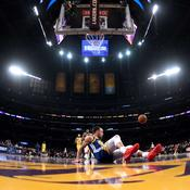 NBA : le grand moment de solitude de Stephen Curry face aux Lakers
