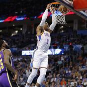 «20-20-21» : Westbrook dans la légende de la NBA avec un triple double d'extra-terrestre