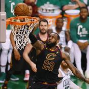 NBA : LeBron James se retrouve au bord du gouffre