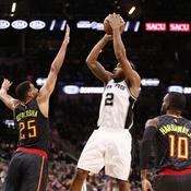 Auteur de 31 points avec son équipe face à Atlanta, Kawhi Leonard a permis aux San Antonio Spurs de prendre la tête de la conférence ouest