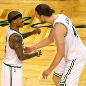 Isaiah Thomas et Kelly Olynyk