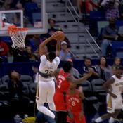 Top 5 : le dunk monstrueux d'Anthony Davis