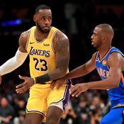 LeBron James face à Chris Paul