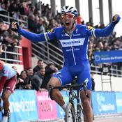 Un Gilbert «monumental» triomphe sur Paris-Roubaix