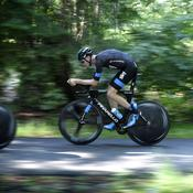 Chris Froome prend de la vitesse