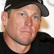 Armstrong rend les armes