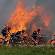 Jeudi 12 juillet: le Tour s'embrase en Bretagne