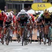Tour de France 2019 : revivez la première étape remportée par Teunissen