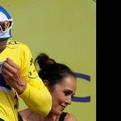 Tour de France: les secrets de fabrication du maillot Jaune