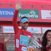 Nibali prend le maillot rouge