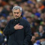La «pire équipe de football du monde» propose un contrat à Mourinho