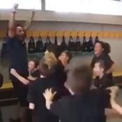 Marcelo valide le Header challenge avec l'équipe de son fils (vidéo)