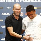 Zinedine Zidane - Ronaldo Luis Nazario de Lima