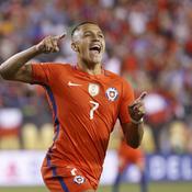 Copa America : Sanchez fait le spectacle, Messi en a dans le moteur