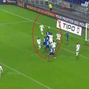 Koné s'élève plus haut que tout le monde pour le deuxième but de Strasbourg à Lyon