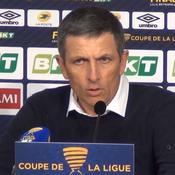 La joie contenue de Thierry Laurey après la victoire du RC Strasbourg