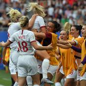 Coupe du monde féminine 2019 : l'Angleterre, aidée par la VAR, file en quart