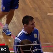Messi et l'Argentine s'entrainent ... en salle