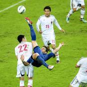 France-Japon : Giroud acrobatie