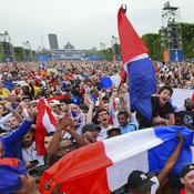 10 juin - Fan zone du Champ de Mars