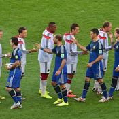 L'Allemgane en blanc, l'Argentine en bleu
