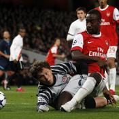 Arsenal-Donetsk Djourou