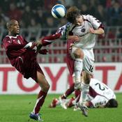 Ludovic Sylvestre avec le maillot du Sparta Prague