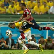 Blessure de Brazil NEYMAR vs Juan ZUNIGA