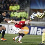 Marseille - Manchester United : Brandao - Van der Sar