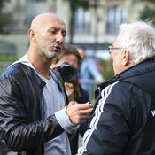 Barthez prend la défense de Lloris après sa bourde