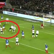 Le geste fabuleux de Martial pour le 1er but des Bleus