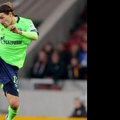 Benjamin Stambouli obligé de rendre son brassard aux Ultras de Schalke en colère