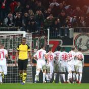 Dortmund battu, le Bayern peut revenir à égalité samedi