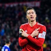 Vainqueur de Schalke, le Bayern Munich se rapproche de Dortmund