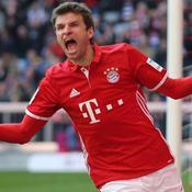 Le Bayern déroule et s'envole en tête