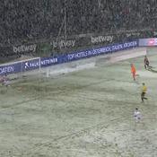 Bundesliga: Quand la neige annule un but tout fait