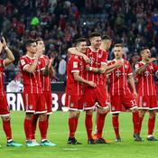 Déjà champion, le Bayern s'amuse, Leverkusen se place