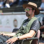 Un entraîneur allemand se déguise en pêcheur pour protester contre son président
