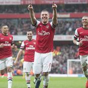 Arsenal enchaîne, QPR se condamne