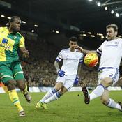 Leicester coince à domicile, Chelsea confirme à Norwich