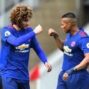 Sans ses stars, Manchester United reste dans la course au podium