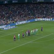 Coup-franc et piqué magnifiques : Messi régale face au Betis