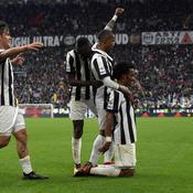 Naples cale, la Juve en profite